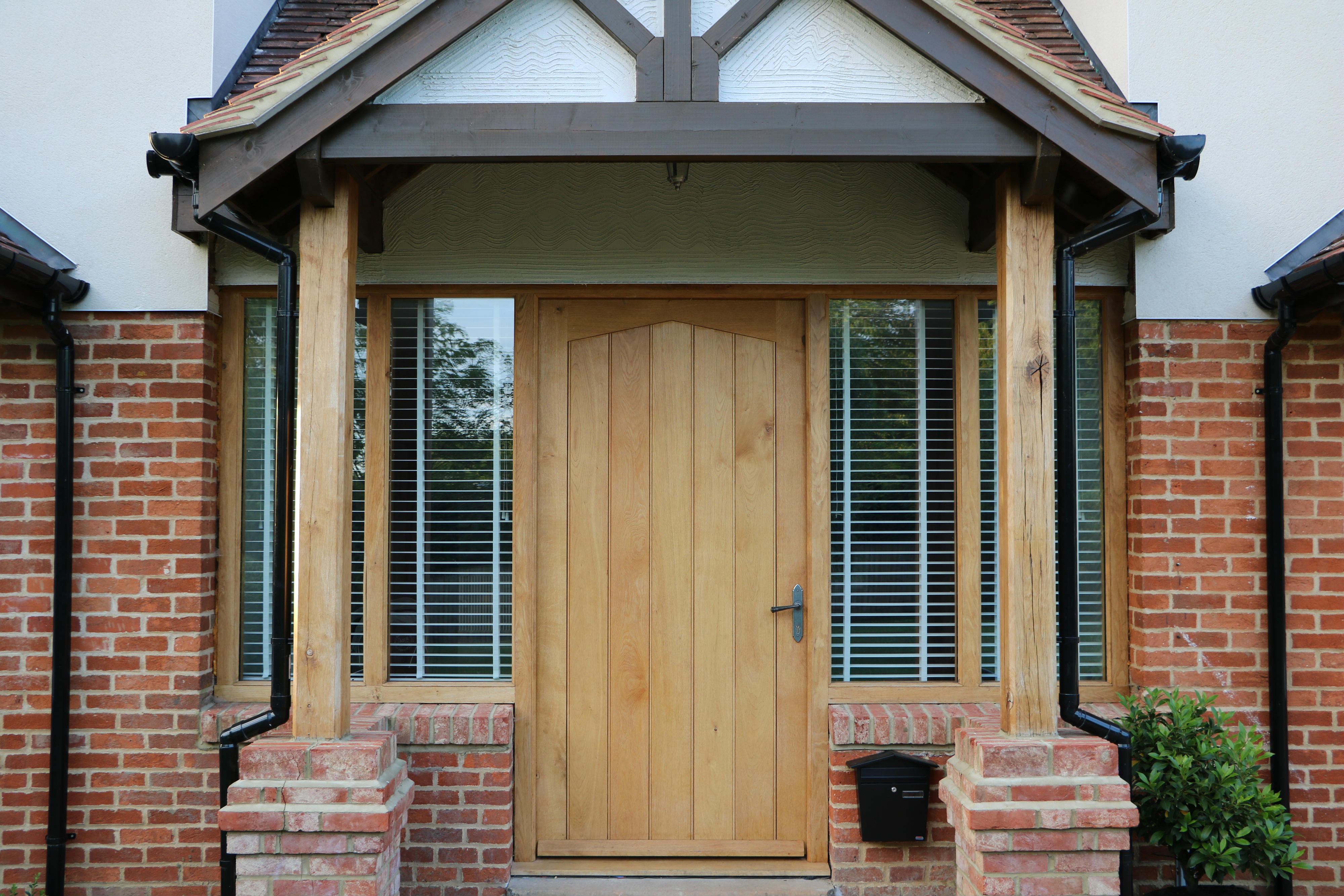 5 Security Features That Can Be Added To A Timber Front Door